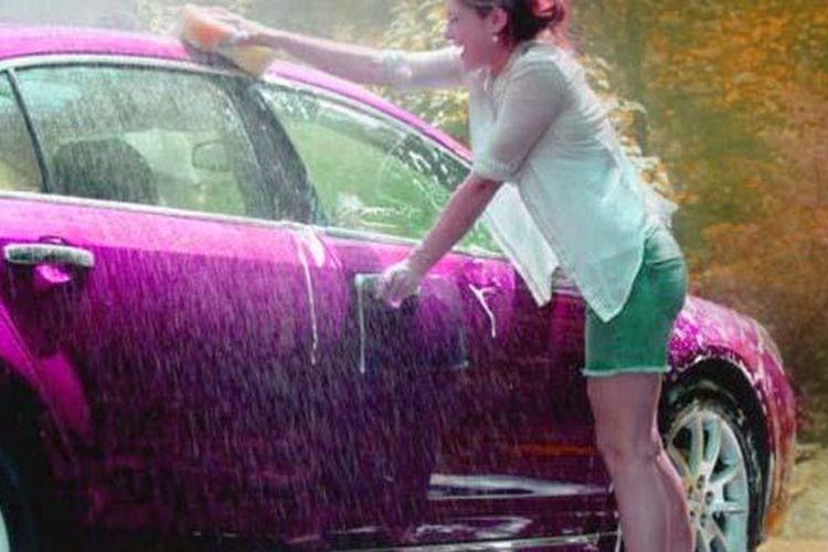 Mencuci mobil sendiri