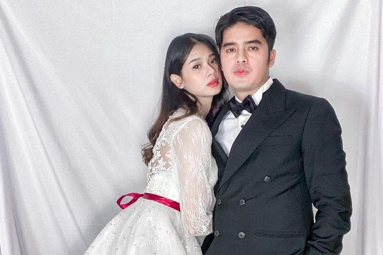 Amanda Zevannya dan suaminya Gideon Simanjuntak.