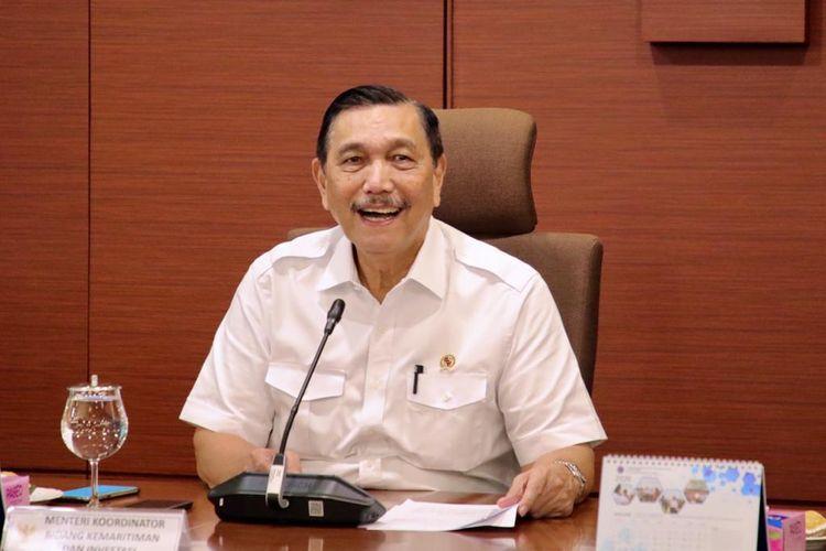 Menko Kemaritiman dan Investasi, Luhut Binsar Pandjaitan memberikan keterangan pers saat Coffee Morning di Kemenko Kemaritiman dan Investasi, Jakarta, Selasa (25/2/2020).