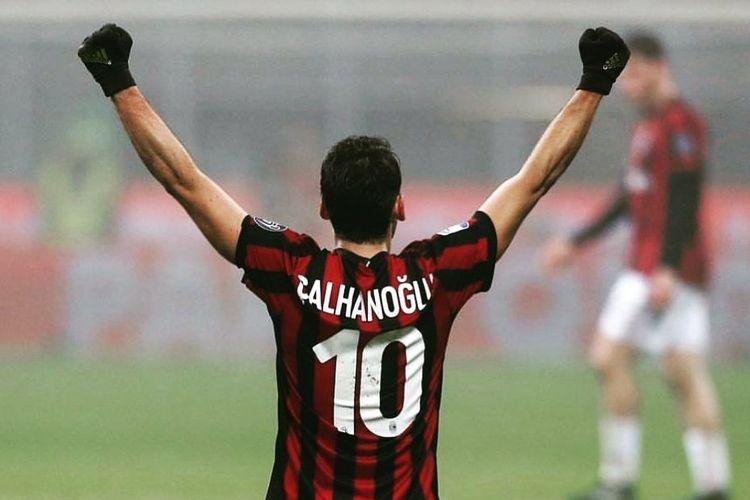 Pemain AC Milan, Hakan Calhanoglu