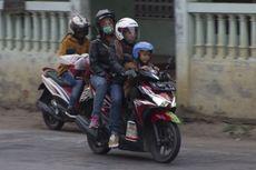 Ingat, Bonceng Dua Penumpang di Sepeda Motor Bisa Didenda Rp 250.000