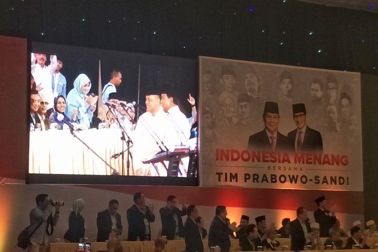 Mantan Panglima TNI Gatot Nurmantyo hadir dalam acara pidato kebangsaan calon presiden nomor urut 02 Prabowo Subianto di Dyandra Convention Hall, Surabaya, Jawa Timur, Jumat (12/4/2019).