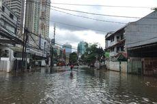 Banjir di Benhil Mulai Surut, tetapi Belum Bisa Dilalui Kendaraan