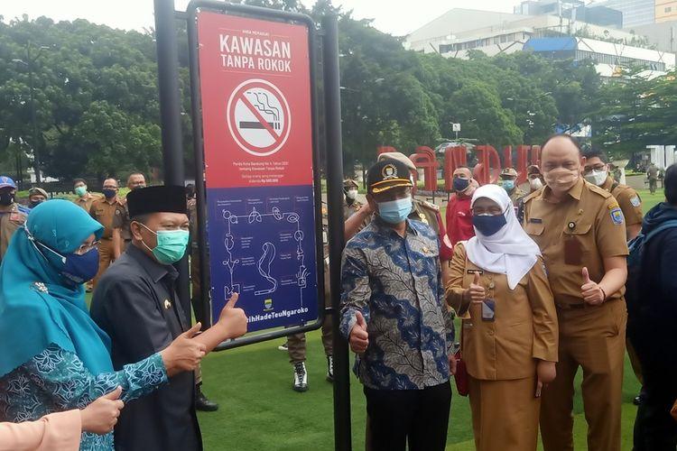 Pemerintah Kota Bandung kini telah resmi memiliki Peraturan Daerah Nomor 4 Tahun 2021 tentang Kawasan Tanpa Rokok (KTR).