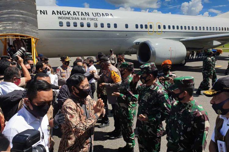 Menkopolhukam Mahfud MD saat tiba di Bandara Mozes Kilangin Timika, Rabu (22/7/2020)