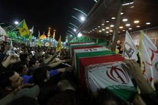 Iran-AS Makin Panas, Ribuan Pelayat Iringi Proses Pemakaman Qasem Soleiman