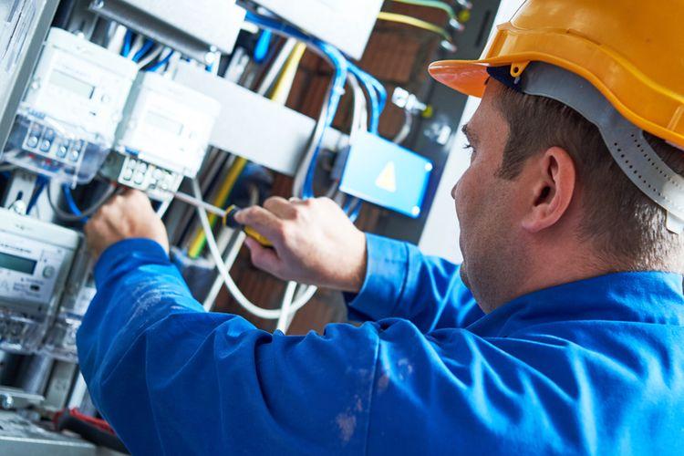 Ilustrasi pekerja listrik