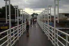 Penipuan Berkedok Hadiah Mengintai di Jembatan Penyeberangan