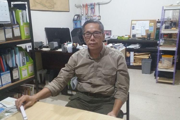 Timmy Setiawan, arsitek Indonesia yang berperan sebagai Security Officer FIFA, saat ditemui di ruang kerjanya di daerah Senayan, Jakarta, Selasa (14/8/2018).