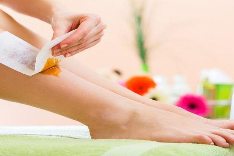 Waxing rambut di kaki