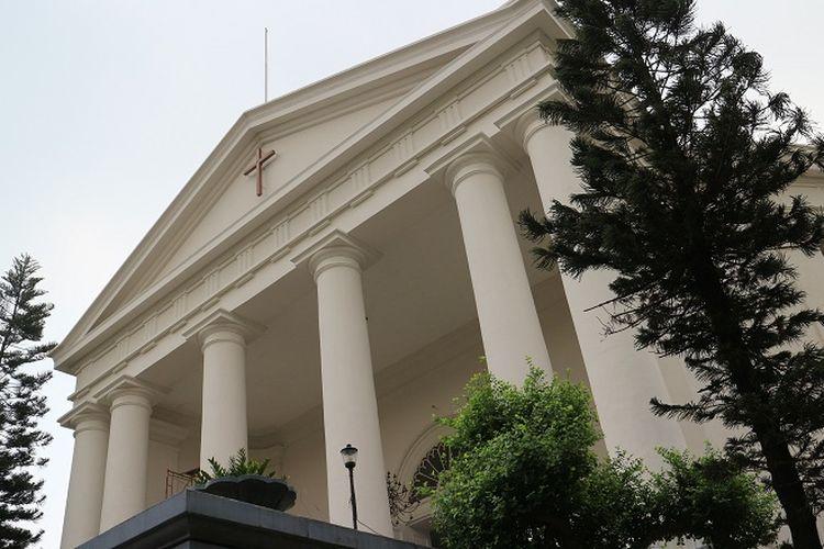Gereja Immanuel tampak depan