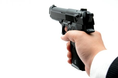 Polisi India Sita 99 Pistol dari Mobil Kedubes