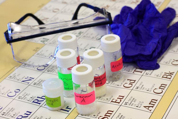Ilustrasi kimia