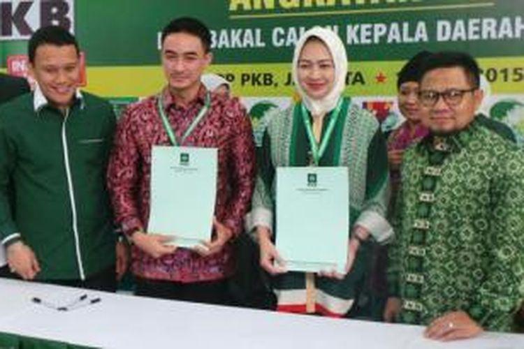 Ketua Umum PKB Muhaimin Iskandar (paling kanan) bersama Walikota Tangerang Selatan sekaligus politisi Partai Golkar Airin Rahmi Diani