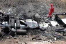 Truk Tangki Pertamina Terguling dan Ludes Terbakar