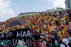 Riuh Rendah Mahasiswa di Gedung DPR/MPR Jelang Mundurnya Soeharto...