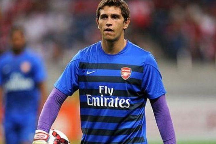 Kiper ketiga Arsenal, Emiliano Martinez.