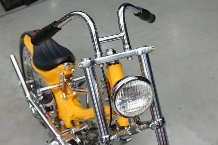 Motor custom Honda Grand bergaya choppy cub garapan Spring Legacy Garage