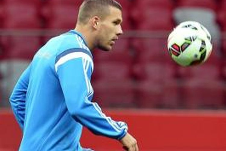 Striker Arsenal asal Jerman, Lukas Podolski.