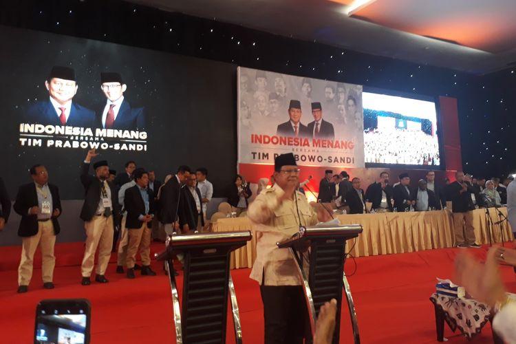 Calon Presiden nomor urut 02 Prabowo Subianto dalam acara pidato kebangsaaan di Dyandra Convention Hall, Surabaya, Jawa Timur, Jumat (12/4/2019).