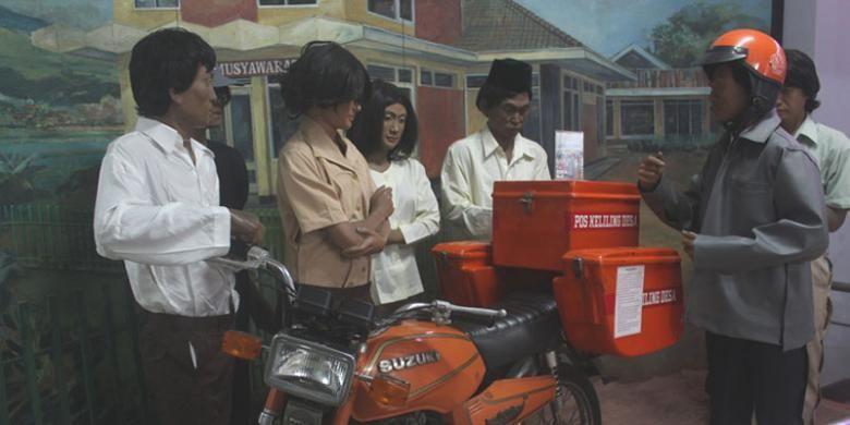 Diorama pos keliling desa yang dipajang di Museum Pos Indonesia, Bandung, Jawa Barat.