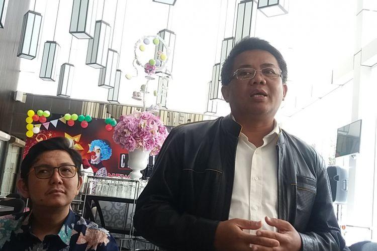 Presiden PKS Sohibul Iman saat berbincang dengan wartawan di Aston Priority, Jalan TB Simatupang, Jakarta Selatan, Selasa (2/1/2018).
