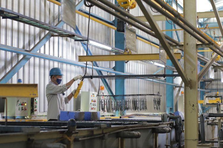 Pekerjaan konstruksi di PT Wijaya Karya (WIKA)  Tbk. Hingga Juli 2021, WIKA telah mencatatkan perolehan kontrak baru sebesar Rp11,8 Triliun hingga akhir Juli 2021.