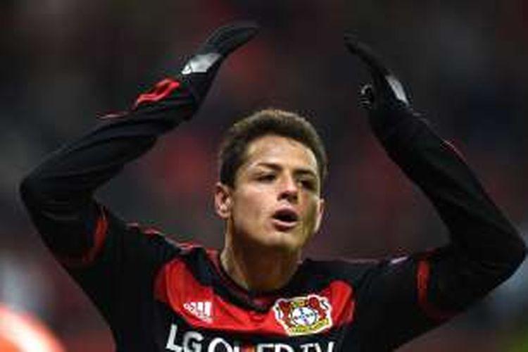 Ekspresi striker Bayer Leverkusen, Javier Hernandez, saat melawan Sporting Lisbon pada fase grup Liga Champions, 25 Februari 2016.