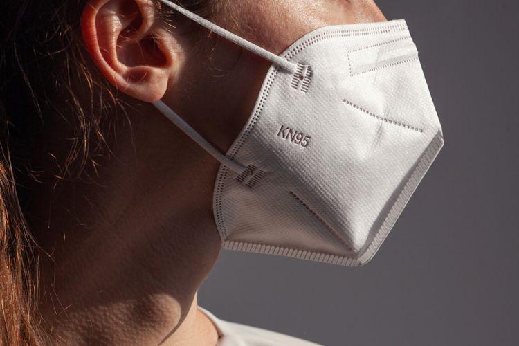 Ilustrasi masker KN95. Jenis masker medis sekali pakai buatan China. Ahli tidak sarankan masker KN95 dipakai berulang.