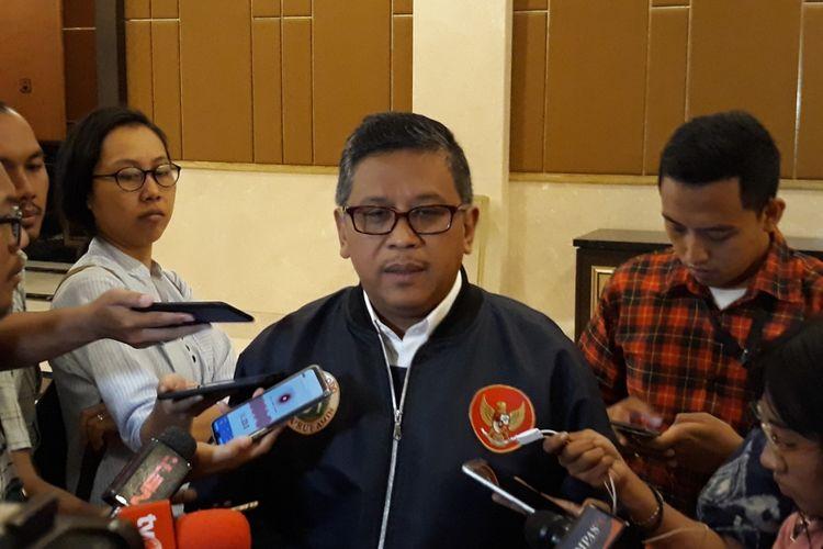 Sekretaris TKN Hasto Kristiyanto di Hotel Sultan, Jakarta Pusat, Kamis (28/3/2019).