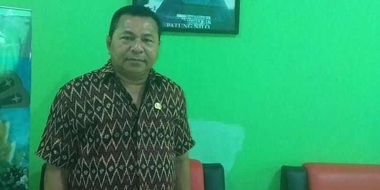 Kepala Dinas Pariwisata Kabupaten Sikka, Flores NTT, Kensius Didimus.
