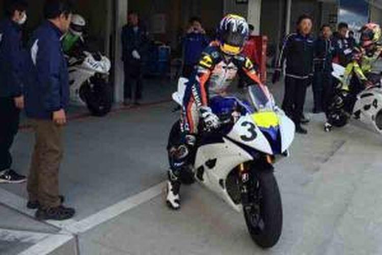 Training Step 1 pebalap Yamaha Indonesia di Suzuka menuju Suzuka 4 Hours Endurance Race.