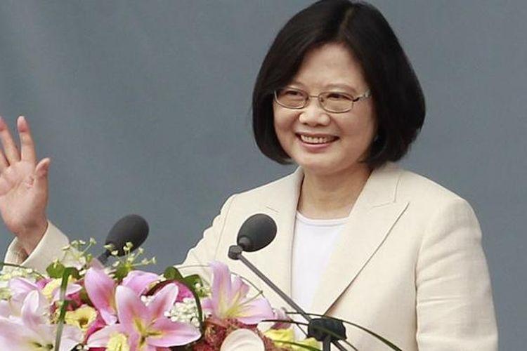 PresidenTaiwan Tsai Ing-wen menyampaikan ucapan selamat Idul Fitri kepada seluruh umat Muslim dunia, dan mengucapakknya dalam bahasa Indonesia di akhir pernyataannya.  Foto ini diambil pada saat ia menyampaikan pidato pelantikannya, Jumat (20/5/2016) di Taipe, ibu kota Taiwan.
