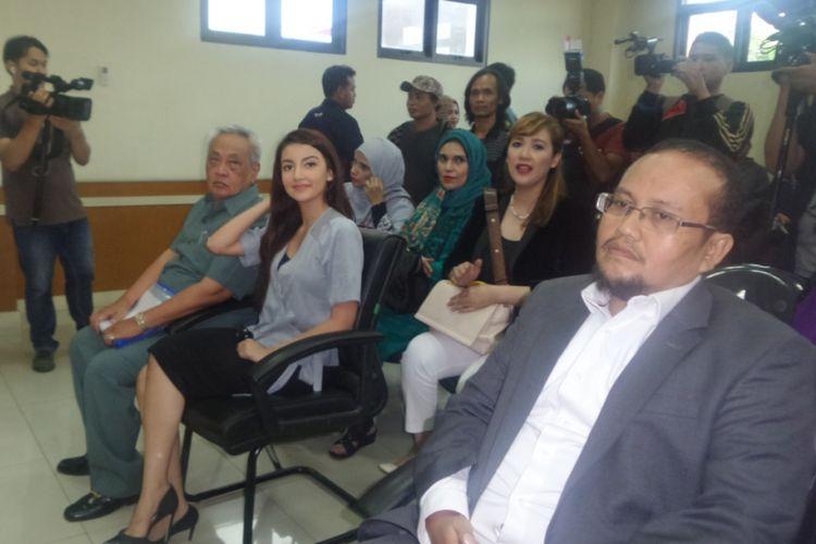 Tsania Marwa di ruang sidang Pengadilan Agama Cibinong, Bogor, Jawa Barat, Selasa (4/4/2017).