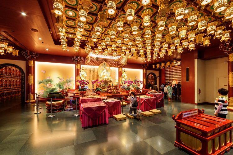 Ilustrasi Singapura - Buddha Tooth Relic Temple.