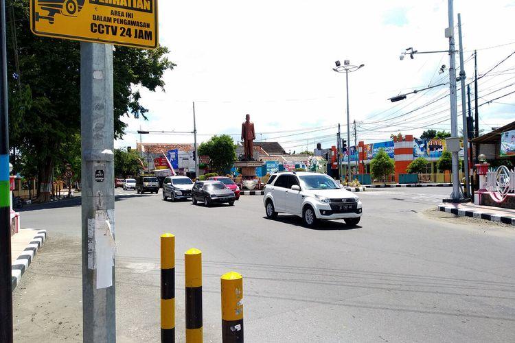 Simpang Jalan Melati, Kota Blitar, salah satu dari empat titik penerapan tilang elektronik di Kota Blitar.