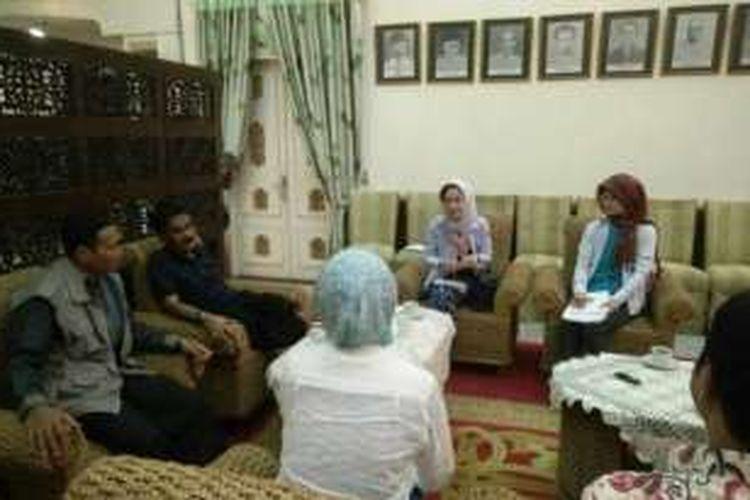Bupati Aceh Utara, Muhammad Thaib menerima kunjungan peneliti asal Jepang di pendopo bupati Aceh Utara