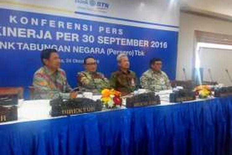 Konferensi pers Paparan Kinerja Keuangan Kuartal III PT Bank Tabungan Negara (Persero) Tbk di Jakarta, Senin (24/10/2016).