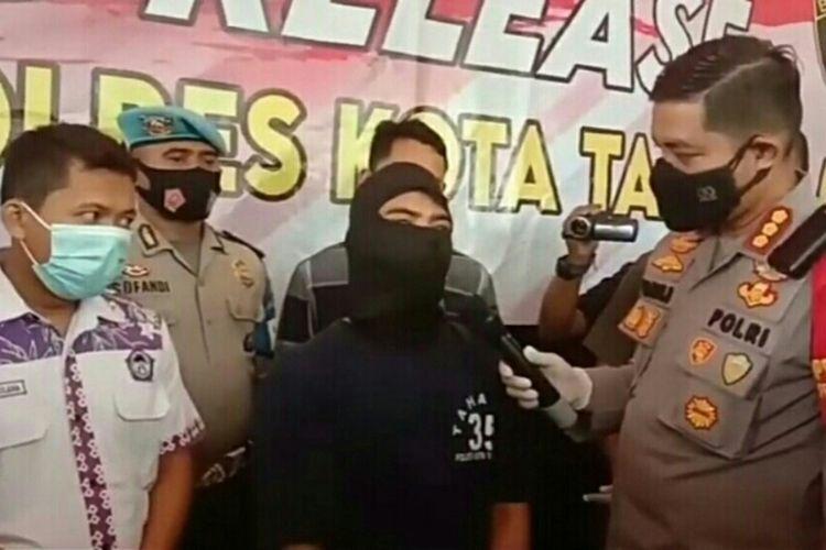 Polres Tangerang menggelar konferensi pers penganiayaan terhadap balita di Mapolresta Tangerang, Selasa (16/3/2021)