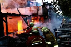 Lima Rumah Terbakar di Kelapa Gading, 1 Orang Meninggal