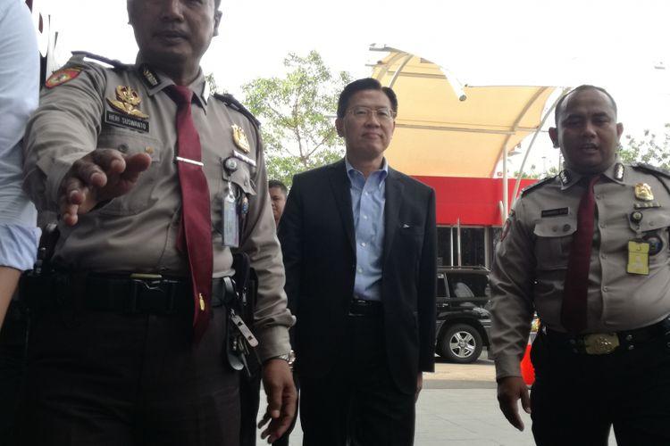 CEO Lippo Group James Riady memenuhi agenda pemeriksaan di Komisi Pemberantasan Korupsi, Jakarta, Selasa (30/10/2018). James tiba di gedung Merah Putih KPK sekitar pukul 09.26 WIB.