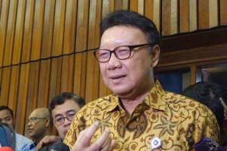 Menteri Dalam Negeri Tjahjo Kumolo di Kompleks Parlemen, Senayan, Jakarta, Rabu (23/11/2016)