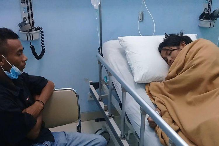 Diduga Keracunan Makanan Puluhan Guru Dilarikan Ke Rumah Sakit