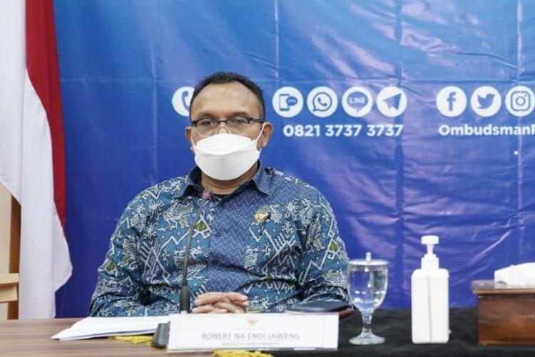 Anggota Ombudsman RI Robert Na Endi Jaweng dalam konferensi pers, Kamis (10/6/2021).