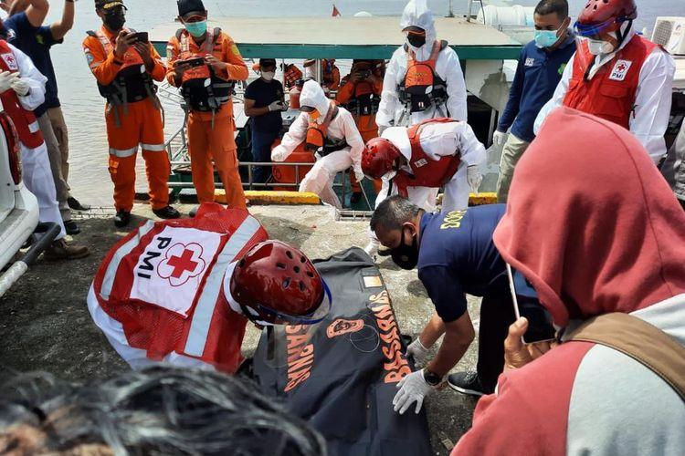 KKP Kerahkan Kapal Pengawas untuk Evakuasi Korban Kapal Nelayan yang Tenggelam di Kalimantan Barat
