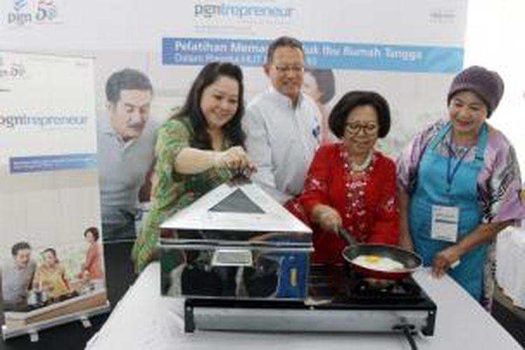 Pelatihan memasak kepada ibu rumah tangga sebagai bagian dari PGNtrepreneur, untuk mendorng lahirnya wirausaha-wirausaha baru khususnya di bisnis kuliner.