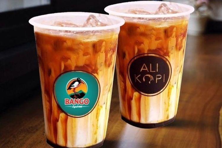 Kecap Bango bekerja sama dengan Ali Kopi menghadirkan minuman es kopi susu campur kecap bernama Es Kopi Bang.