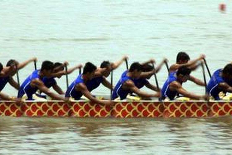 Ilustrasi perahu naga