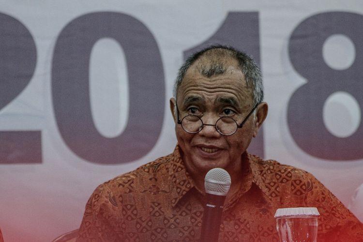 Ketua KPK Agus Rahardjo menyampaikan laporan capaian dan hasil kinerja KPK tahun 2018 di Gedung KPK, Jakarta, Rabu (19/12/2018). KPK telah menangani 28 kasus operasi tangkap tangan pada 2018 atau yang terbanyak selama KPK berdiri serta menetapkan 108 tersangka dari kasus tersebut. ANTARA FOTO/Putra Haryo Kurniawan/wsj.