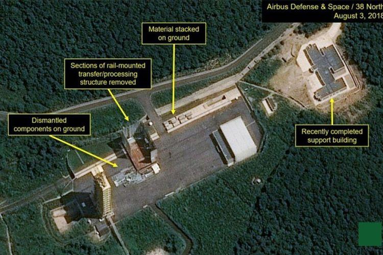 Foto satelit ini memperlihatkan lokasi uji coba misil Sohae, Korea Utara.